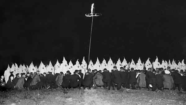 the history of the ku klux klan and the racism issues in the united states